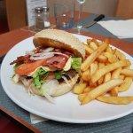 J'ai choisi un bacon burger, rien à dire super bon et en plus très copieux
