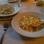 Our pasta course...Fettuccini Carbonara more like linguini no? Heck, it was DELISH!