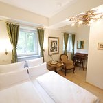 Photo of Hotel Rotdorn
