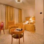 Hotel Leon D'Oro Photo