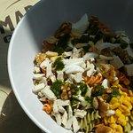 Ensalada pasta tricolor