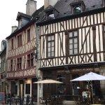 Photo of La Causerie des Mondes