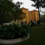Foto de Ho Chi Minh Presidential Palace Historical Site