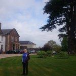 Glewstone Court gardens