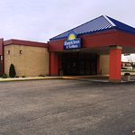 Photo de Days Inn & Suites Mt Pleasant