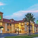Foto de La Quinta Inn San Antonio Brooks City Base