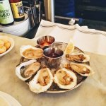 3 different types of oysters