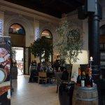 Photo de Comfort Hotel Grand Central