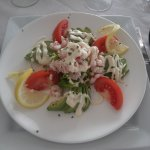 salade crevette avocats, on regrettera la mayonnaise, mais produits frais