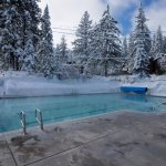 Pool, hot tub, and sauna open year-round