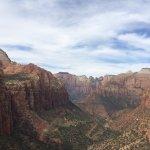 Foto de Canyon Overlook Trail