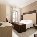 Hotel Gardenia Photo