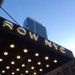 Foto de Row NYC Hotel