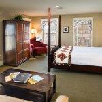Room 905