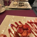 strawberry cheesecake and caramel cheesecake