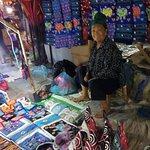Photo de Luang Prabang Night Market