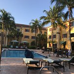 Photo de Hawthorn Suites by Wyndham Naples