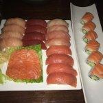 Photo de Square Sushi Restaurant