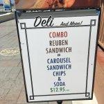 Foto de Seaport Deli and Salad Bar