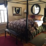 Davy B&B 2nd Floor Queen Size Bedroom