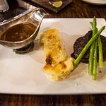 Filet Mignon with Green Pepper Sauce