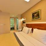 Photo of Cheya Deluxe Residence & Hotel