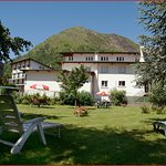 jardin-hotel-pons-le-dahu-saint-lary-soulan-hautes-pyrenees