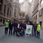 Alumnos de SNA Educa junto a guias Spicy en Barrio Financiero, Calle Nueva York