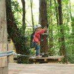 Accrobranche enfant 3 parcours dans les arbres accessibles dès les premiers pas
