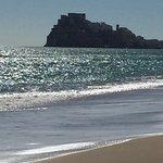 Willoco: aparthotel 1ª línea de playa y vista al pueblo. Fantástico el pueblo y su playa..