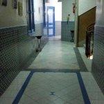 Couloir donnant sur les chambres