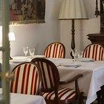' ' from the web at 'https://media-cdn.tripadvisor.com/media/photo-l/0f/1b/a4/6f/restaurant-mein-herz.jpg'