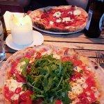Foto de Paulie's Pizza