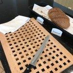 Osterbuffet ab 09.30 Uhr nur noch eine Brotsorte