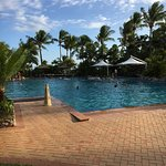 Photo de Outrigger Fiji Beach Resort