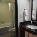 Bathroom and outside-bathroom vanity (standard room)