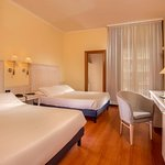 Photo de Best Western Globus Hotel