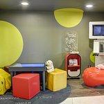 Aire de jeux pour enfant - Bibliothèque