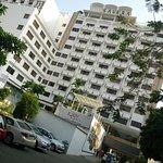 Photo de Savera Hotel