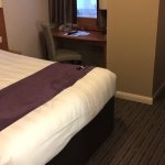 Photo de Premier Inn London Hanger Lane Hotel
