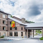 Super 8 by Wyndham Boone NC