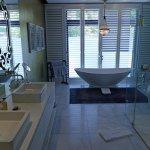 Versailles bathroom