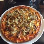 Dejlige pizzaer.   Værd at spise