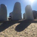 Photo de Los Dedos Playa Brava