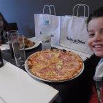 Pizza muito boa para a criançada.