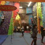 Photo de Cliffside Climbing Gym