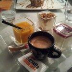 Café Gourmand (Soupe De Fruits, Tiramisu Spéculoos, Panna Cotta)