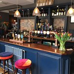 The new rose and crown larkhall