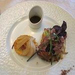 Tartelette de canette aux épices douces, jus réduit, pomme paillasson