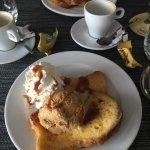 Repas très bon 😋  17,5€ pour les fish and chips, salade, frite avec dessert et café très bon ra